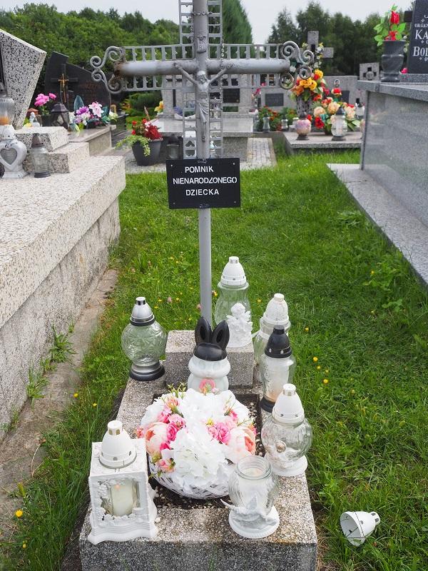 Polen Grab für ungeborene Kinder